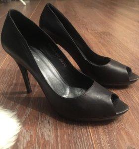Туфли кожаные (новые )