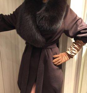 Пальто с мехом из песца