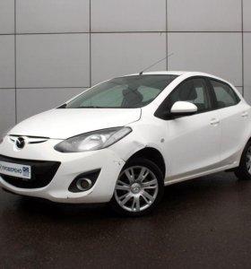 Mazda 2, 2011