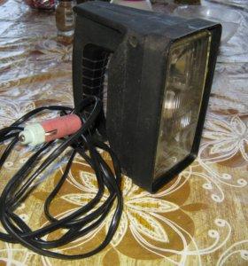 галогеновая лампа-фара 12в.