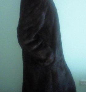 Длинная норковая шуба