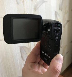 Портативная видеокамера