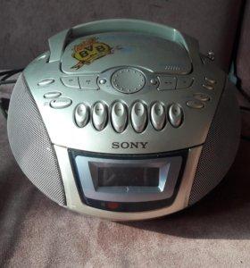 Магнитофон с радиоприёмником