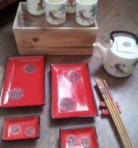 Набор для суши и чайный сервиз