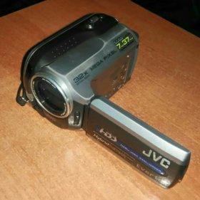 Видеокамера JVC GZ-MG15