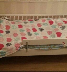 Детская кроватка Икея вместе с матрасом