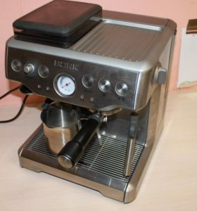 Кофемашина bork c801 б/у
