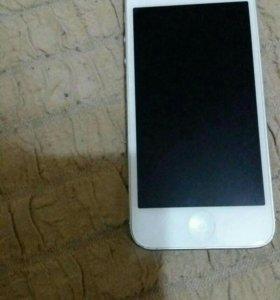 Айфон 5 оригинал в отличном состоянии все рабочее