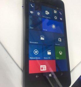 Телефон Nokia Lumia 640