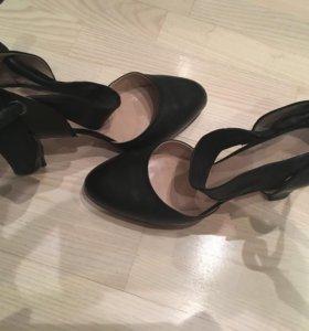 Туфли Furla 41 размер