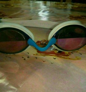 Очки для плавания MadeWave
