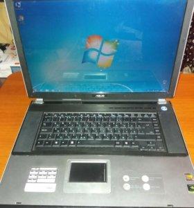 Ноутбук ASUS a7m. В отличном состоянии.