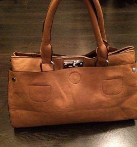 Новая коричневая кожаная сумка