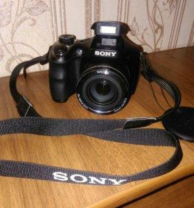 Цифровой фотоаппарат Sony Cyber-shot