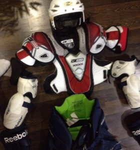 Профессиональная хоккейная форма