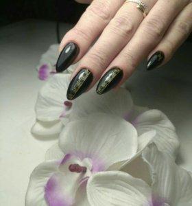 Наращивание и покрытие ногтей