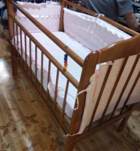 Кровать маятник с матрасом и бортами