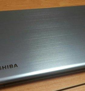 Ноутбук Toshiba Satellite S75t-A7160