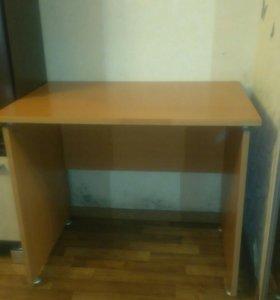 Письменный стол!