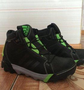 Обувь Adidas traxion