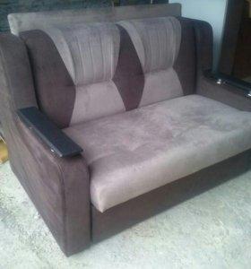 новый малогаборитный диван