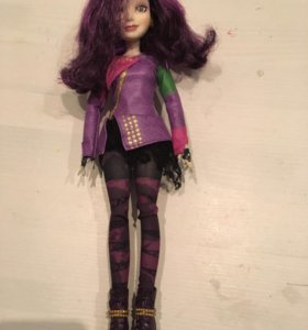 Кукла из сериала «Наследники»