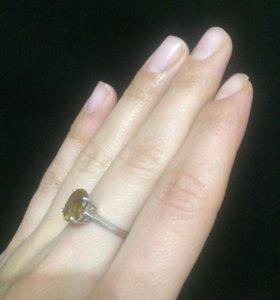Кольцо из серебра (100%)