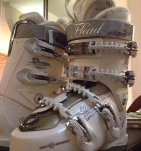 Женские горнолыжные ботинки head