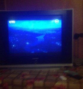 Продам телевизор с дивиди проигрователем