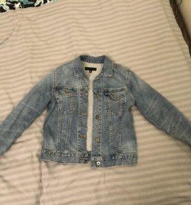 Джинсовая куртка Uniqlo