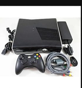Консоль Xbox 360 S