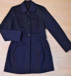 Пальто приталенное