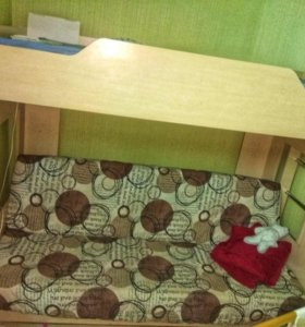 2-ух ярусная кровать с диваном и матрасом
