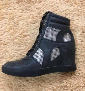 Новые м/с ботинки
