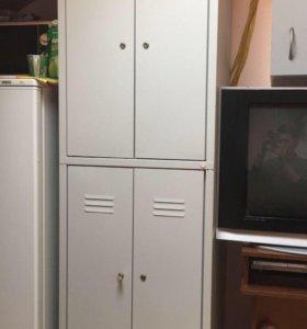 Шкаф металлический для персонала