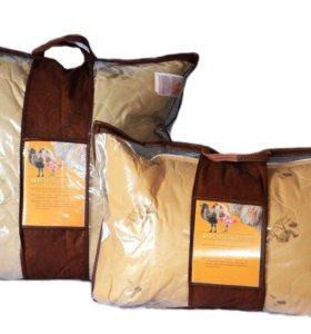 Пледы и подушки , новые !