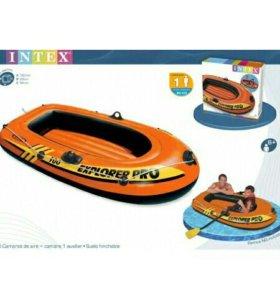 Надувная лодка.(160см x 94см x 29см)Новая.