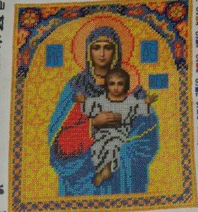 """Икона из бисера """"Пресвятая Богородица"""""""