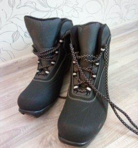 Ботинки лыжные мужские
