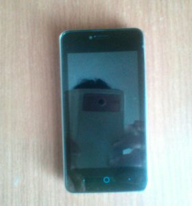 Телефон андроидZTE BladeAF3