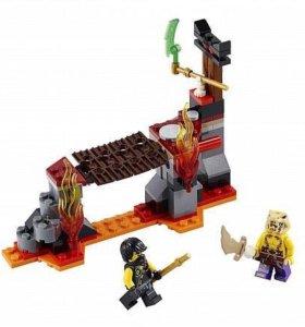 Конструктор Lego Ninjago Сражение над лавой