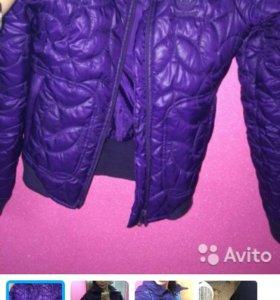 Adidas куртка ,не носилась практически