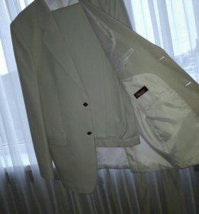 Мужской костюм, размер 48 (176-96-84)