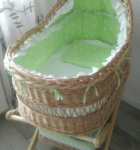 Кроватка люлька плетеная