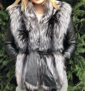 Кожаная куртка с цельным натуральным мехом
