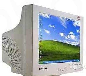 Монитор 17 дюймов, экран плоский Самсунг