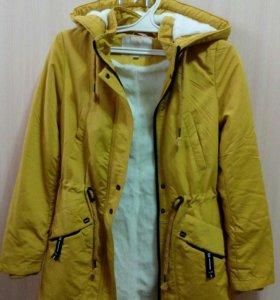 Куртка демисезонная новая (40-42)