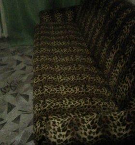 Продается диван,практически Новый