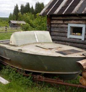 Лодка (катер) Прогресс 2М
