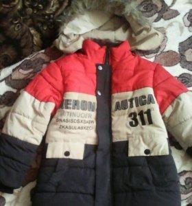 Зимняя куртка, на 5-7 лет.